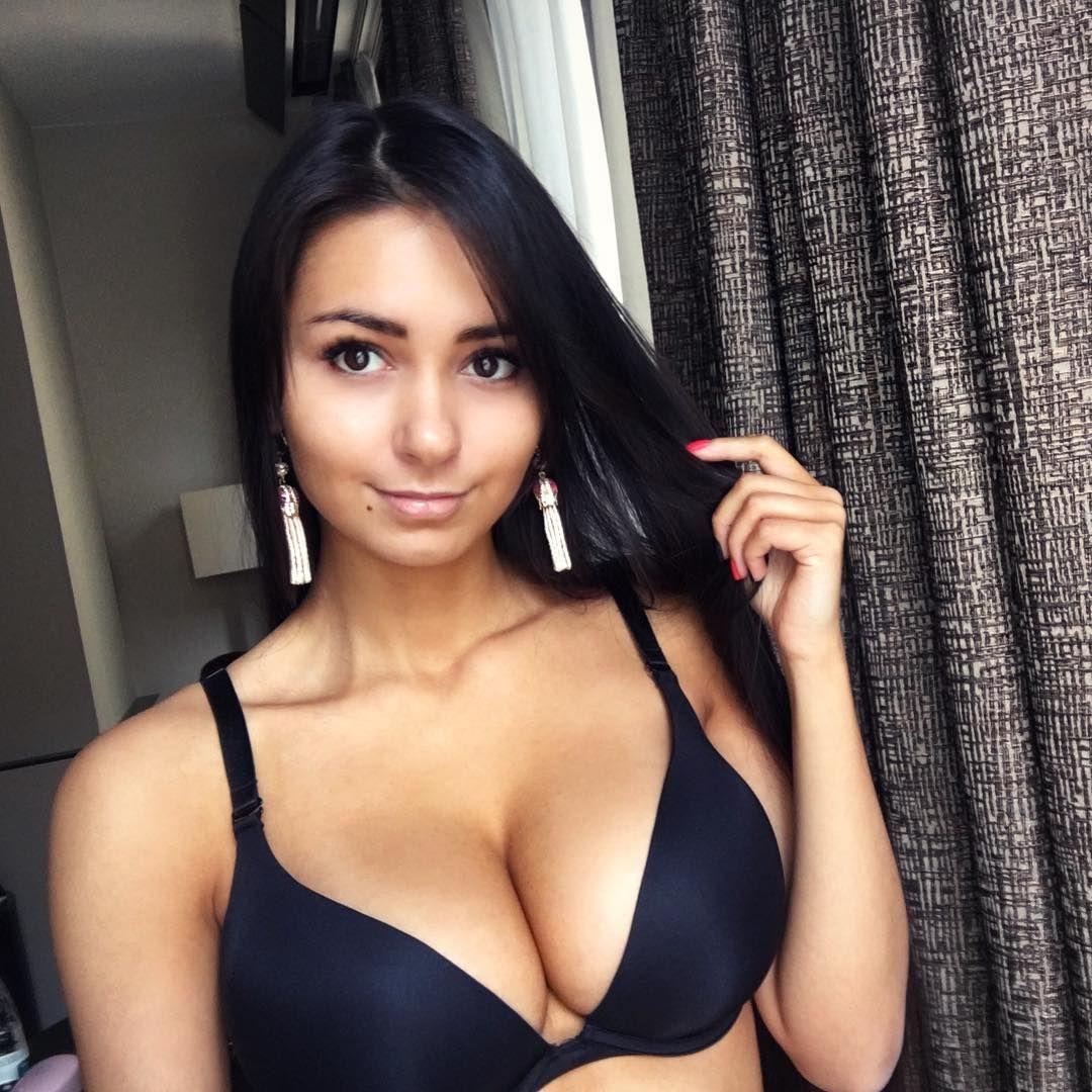 Instagram Helga Lovekaty nudes (18 foto and video), Tits, Bikini, Boobs, panties 2006