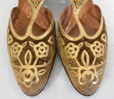 exquisite vintage shoes from the 20s (recently sold) on the amazing site vintagetextile.com