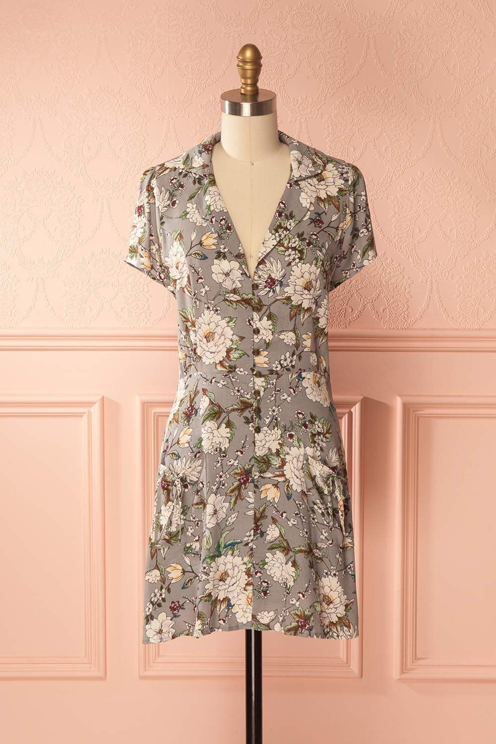 Palomi  Boutique1861   Stay chic and casual in this lovely little floral  summer dress! The collared neckline 0b8980e720c