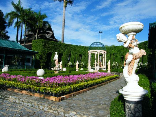 Good Greek Garden | Nong Nooch Paradise | European Garden