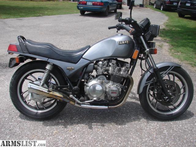 1982 yamaha seca 750 was a wheelie machine got me 4 for Yamaha capital one customer service