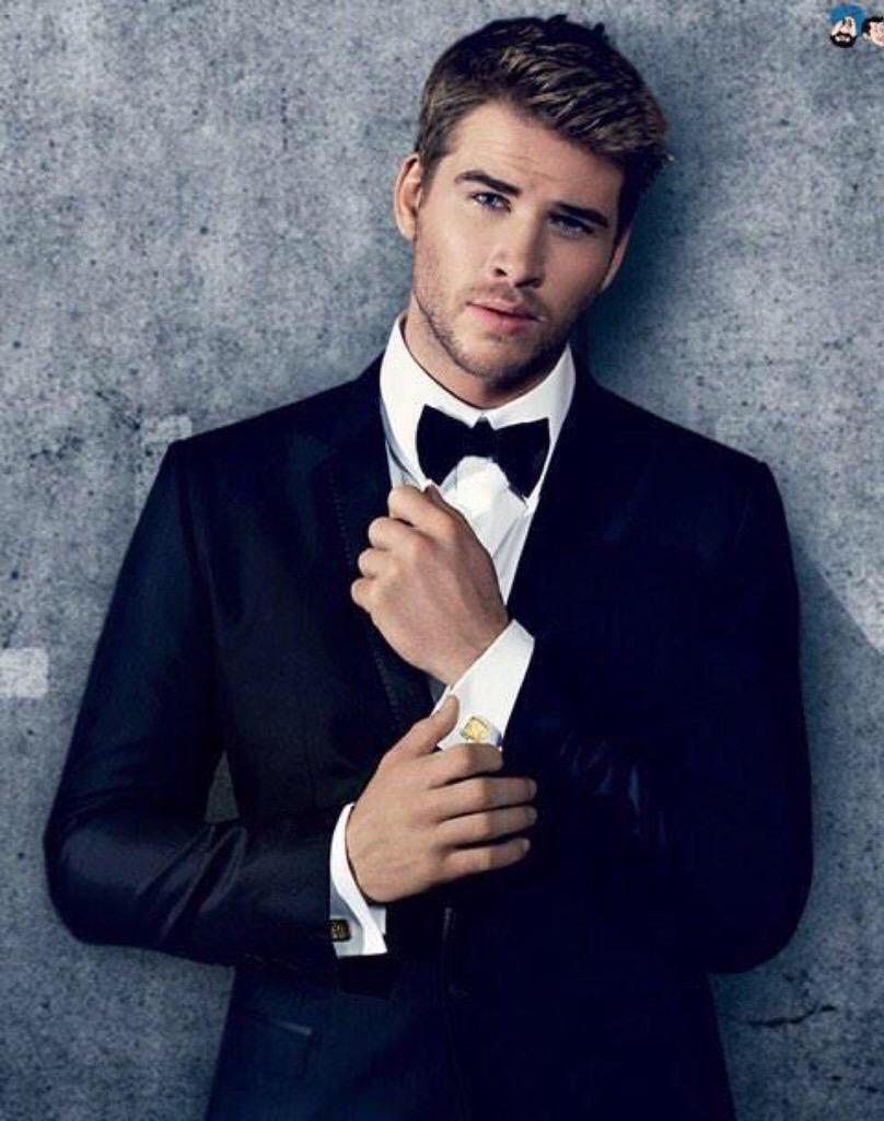 Liam Hemsworth | Liam hemsworth, Hemsworth, Handsome men