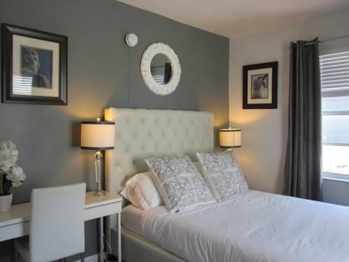 Ocean Bliss Miami Beach (Florida) This Miami Beach Ocean Bliss property is within a 4-minute walk of the beach. The air-conditioned studio features a fully equipped kitchenette and an outdoor pool.  The property offers towels and beach chairs. Free WiFi is available.