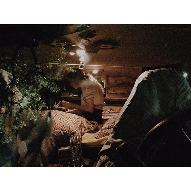 La nuit dans le van, sur la route... #USA Photo : Théo Gosselin