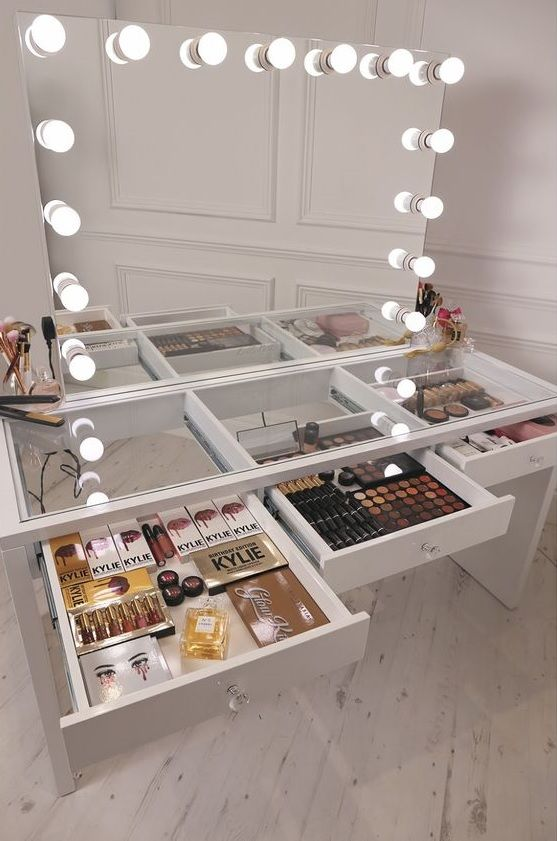 Pin By Kami On Makeup Beauty Beauty Room Diy Vanity