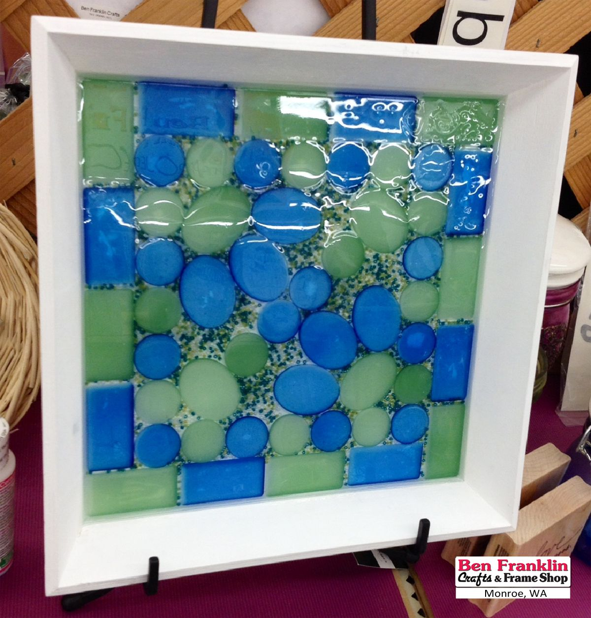 DIY Sea Glass Tile Tray (click on picture to access details).  The main supplies to make this tray are the Krylon Sea Glass Spray Paint and the ICE Resin Susan Lenart Kazmer from Ranger Ink.  #iceresin #seaglass @plaidcrafts