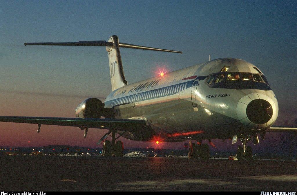 Scandinavian Airlines Sas Douglas Dc 9 41 Oy Kgr Holger Viking At Aalborg International February 19 Scandinavian Airlines System Vintage Airlines Aviation