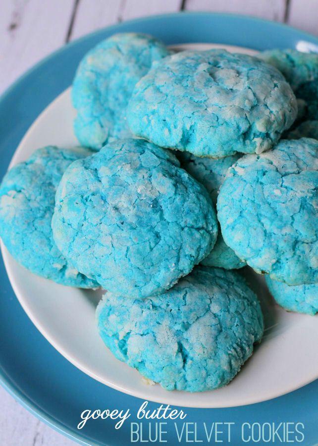 Delicious Gooey Butter Blue Velvet cookies on { lilluna ...  Delicious Gooey...