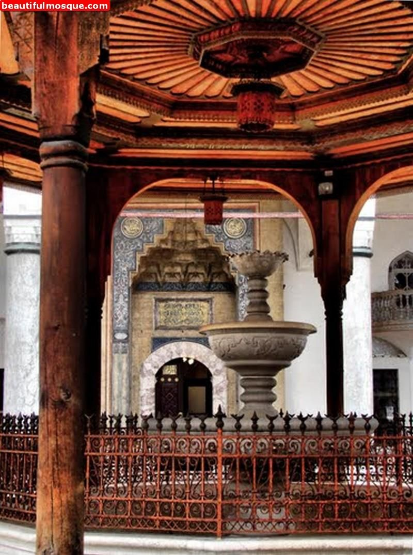 Gazi husrev bey mosque in sarajevo bosnia and herzegovina dervish gazi husrev bey mosque in sarajevo bosnia and herzegovina altavistaventures Images