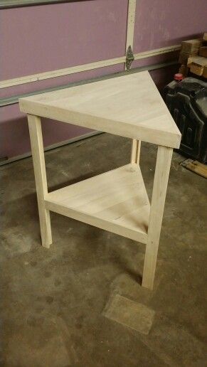 Pallet Triangle Table Diy Furniture Revamp Furniture Wood Pallet Projects