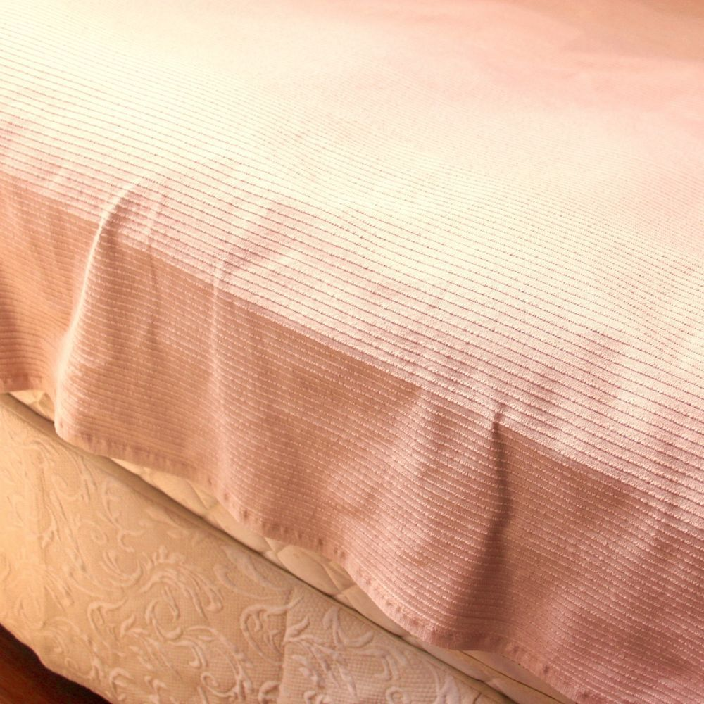 Vintage Bates Of Maine Twin Bedspread Peach Woven Cord