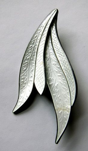 Vintage Sterling Silver 925s Enamel Leaves Brooch Norway