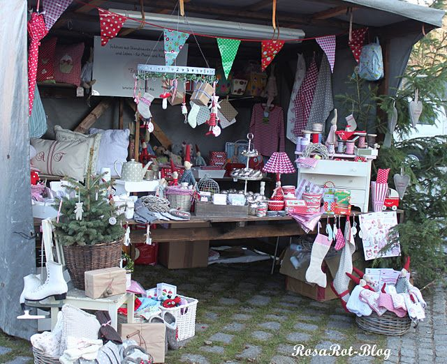 Christmas Craft Booth Ideas Part - 15: Beautiful Christmas Craft Booth!