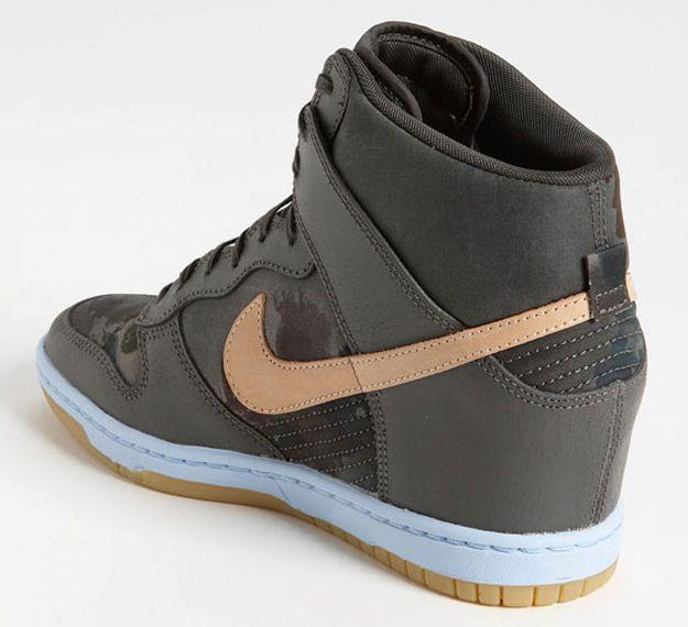 high dunk shoes