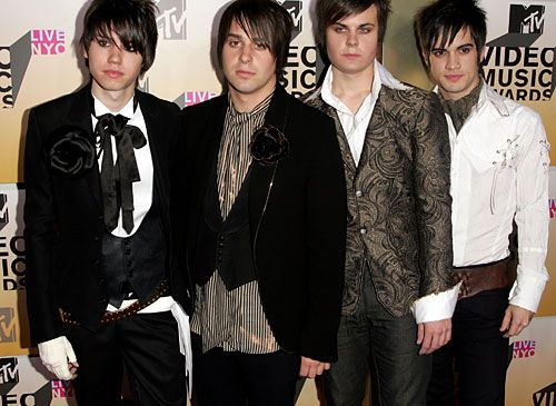 17 Best images about My Panic at the Disco Shrine on Pinterest ...