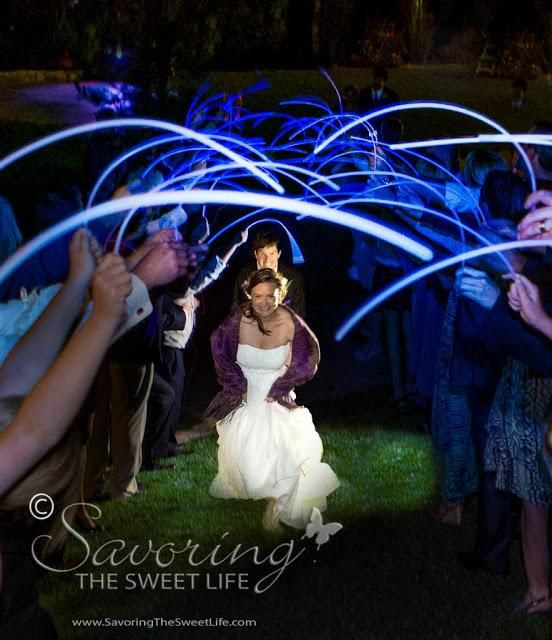 Using Single Color Glow Stick Necklaces For The Glow Wedding Sendoff Https Glowproducts Com Us 22inchglowne Glow Stick Wedding Wedding Send Off Glow Sticks