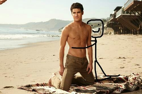 Me taking a picture with Darren... Lol