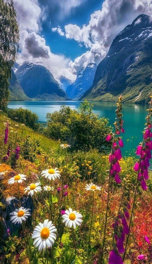 Mountain Lake How Is This Even Real Nature Photography Beautiful Nature Nature Pictures