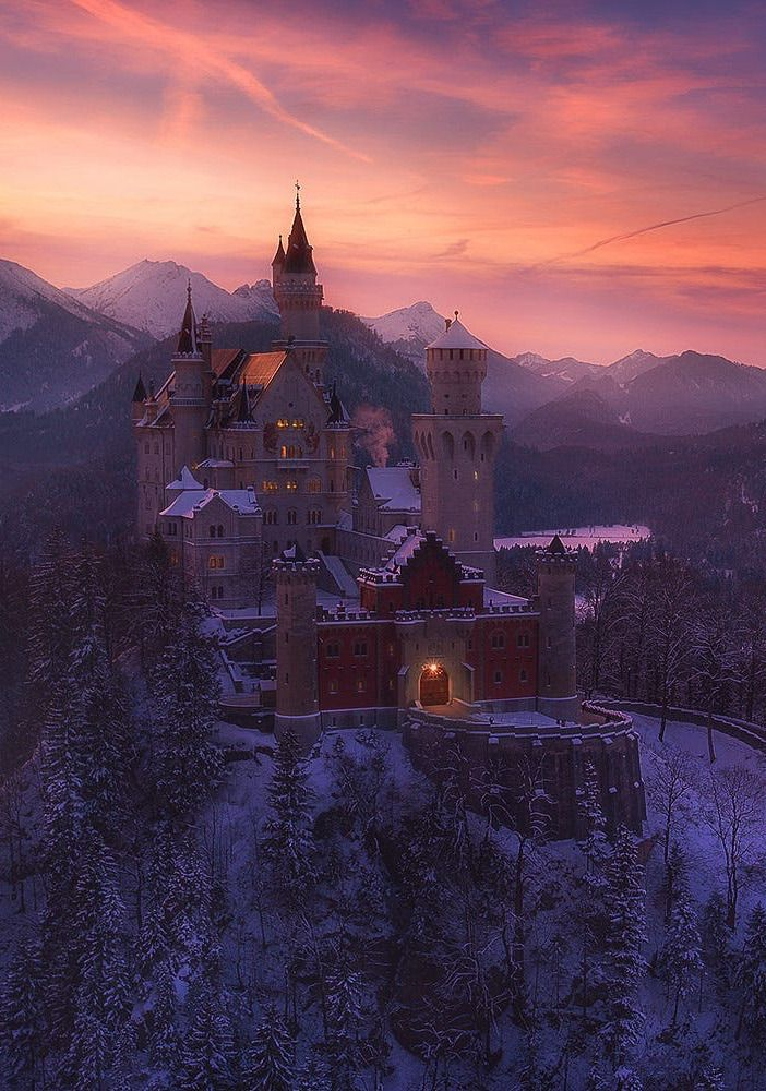 Coiour My World Des Eiskonigs Schloss By Martin Pfister Neuschwanstein Castle Castle Places To Visit
