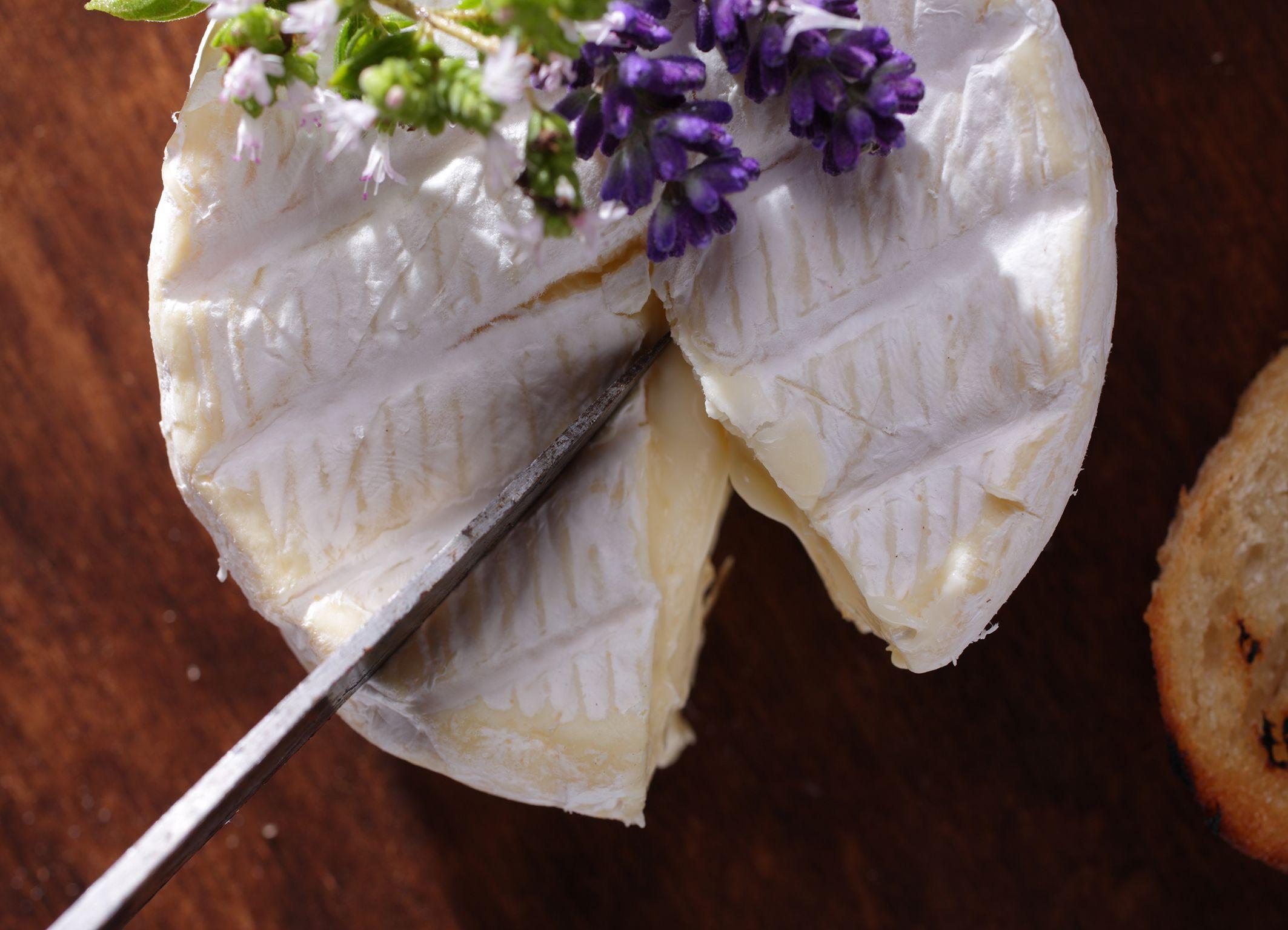 Camembert top