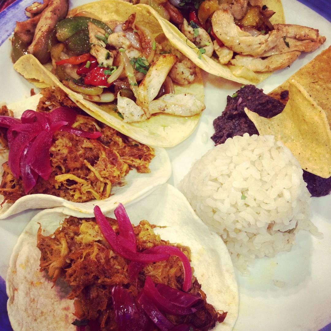 Viernes mexicano en Ándele por @marcosansalone  Venerdí messicano in Ándele di @marcosansalone #foodloverguide #instafood #instachef #chefsofinstagram #foodphotography #carne #bcndelicatessen #foodporn #pornfood #foodstagram #foodgasm #barcelona