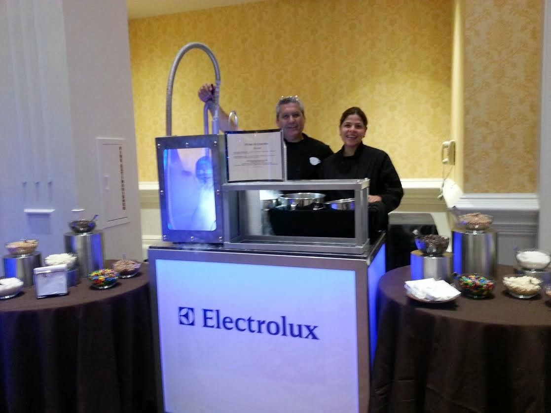 Liquid nitrogen ice cream and frozen dessert bars, small footprint high volume production. www.tradeshowtrafficbuilder.com