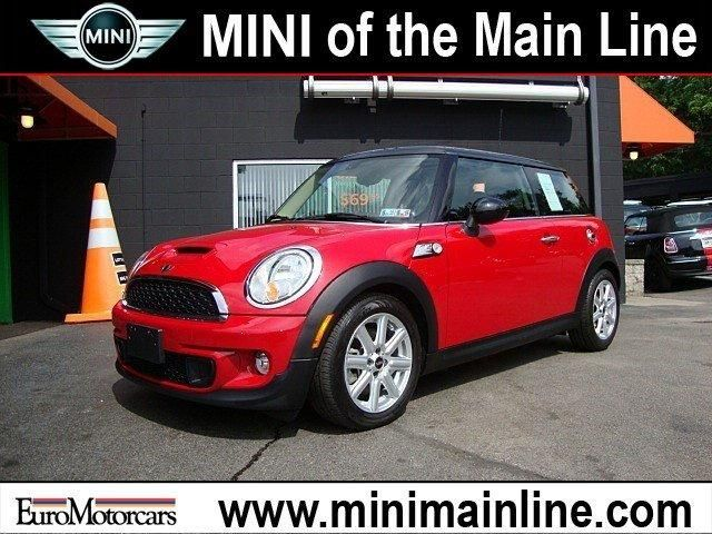 2013 MINI Cooper S Hardtop Vehicle Photo in Bala Cynwyd, PA 19004