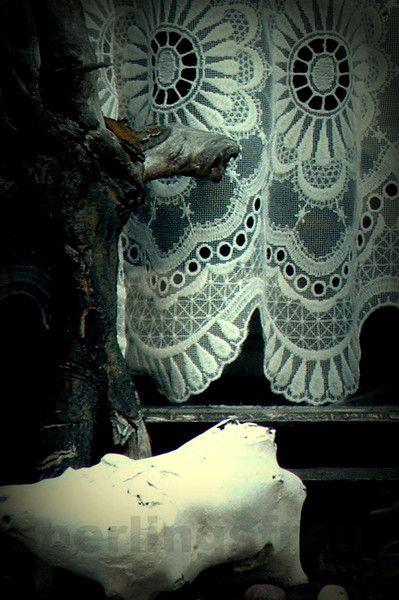 KunSTrich - Fensterengel - Fotografie 10 x 15 cm von sperlingsfrau auf DaWanda.com