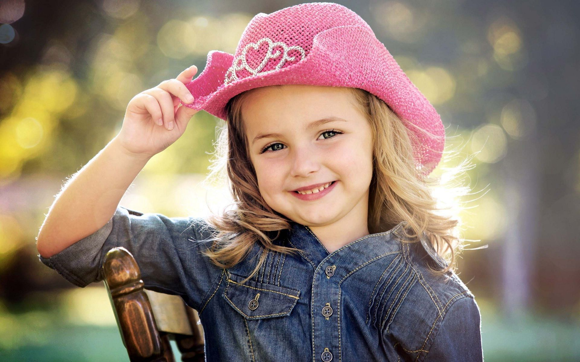image for stylish cute baby girl beautiful smiling face | grl0428