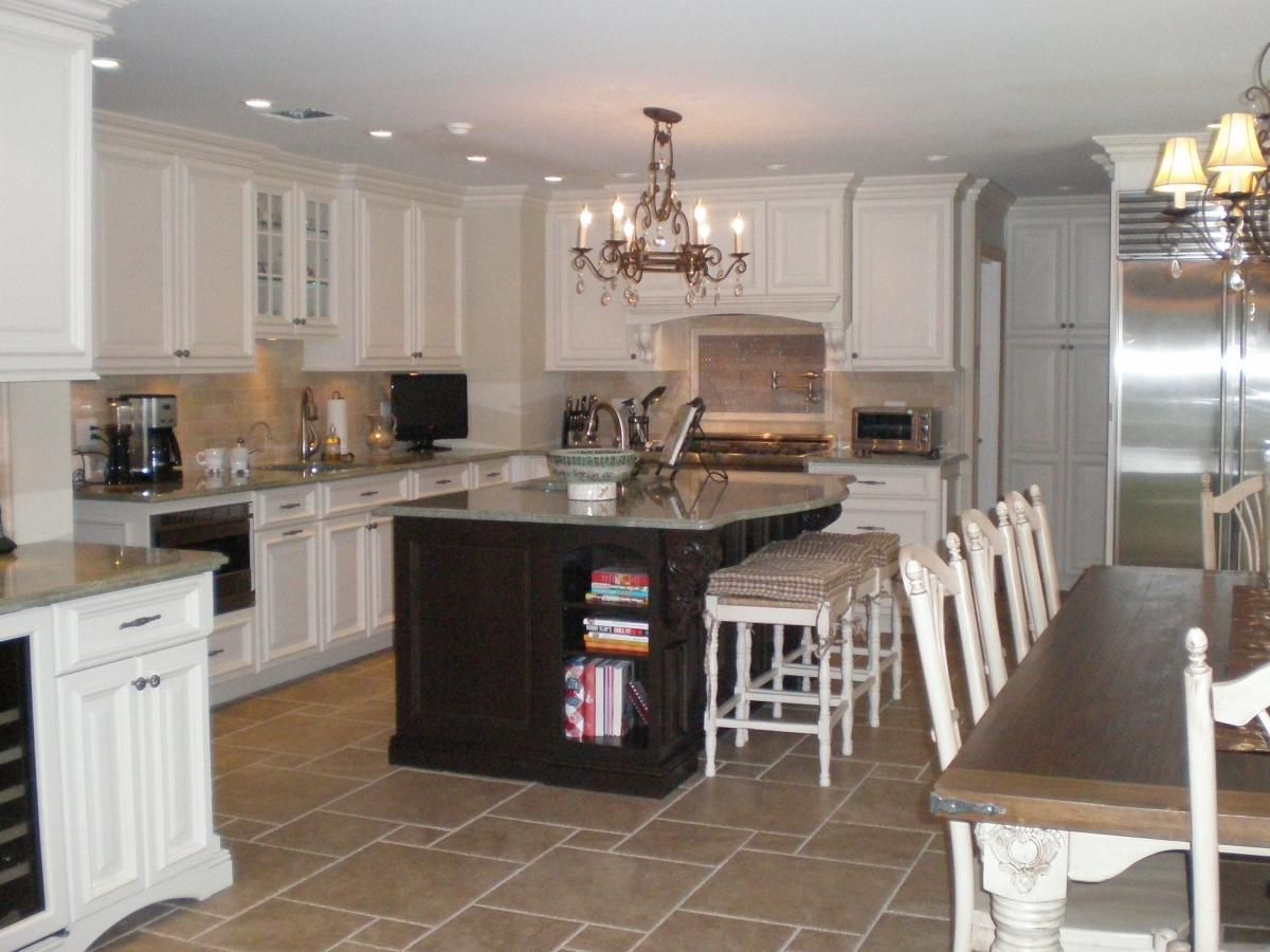 Traditional Styled Kitchen  (Cultivate.com)