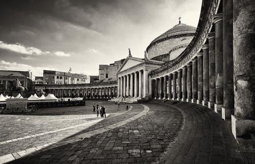 via explore-the-earth    Naples, Italy