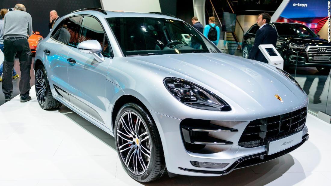 Porsche Macan Carmaker S Most Popular Model Is Going Electric Cnn Porsche Car Volkswagen Luxury Suv