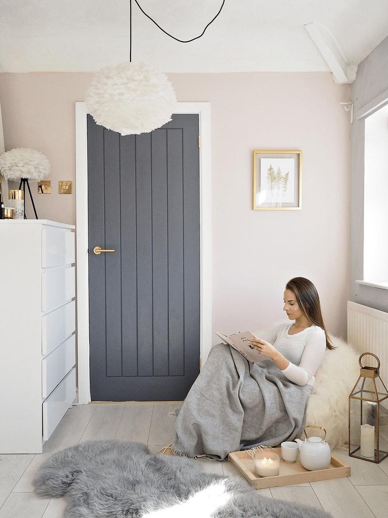 4 Awesome Ideas For Bedroom Door Painting Coziem Grey Interior Doors Pink Bedroom Walls Light Pink Bedrooms
