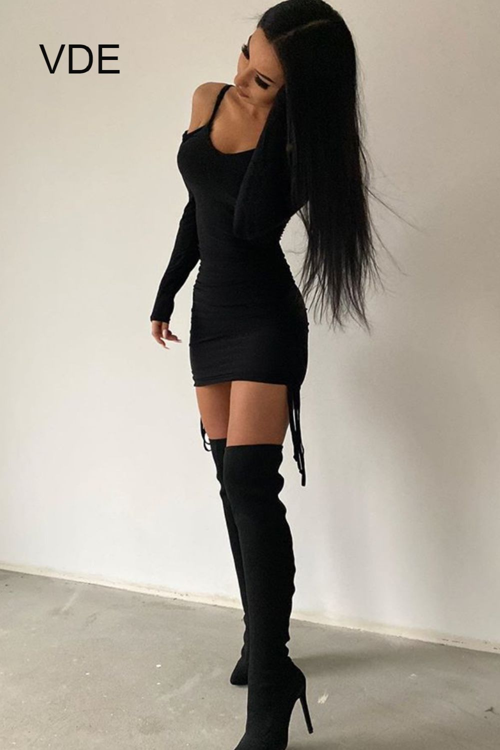 How To Wear Over The Knee Boots With Black Mini Dress Mini Black Dress High Knee Boots Outfit Fashion [ 1500 x 1000 Pixel ]
