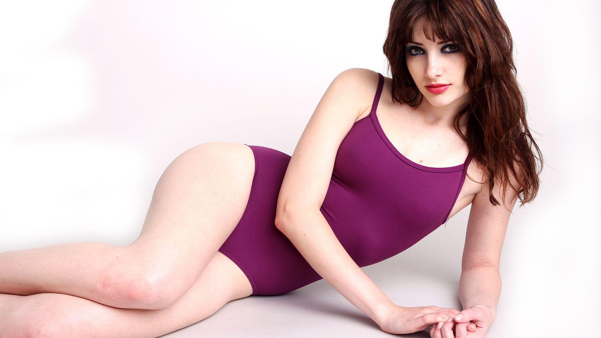 amanda-marcum-nude-pics