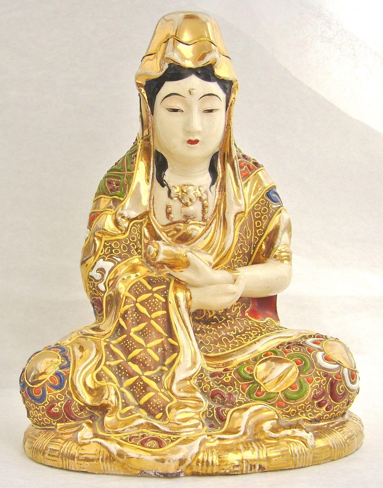 Japanese antique Satsuma pottery seated girl