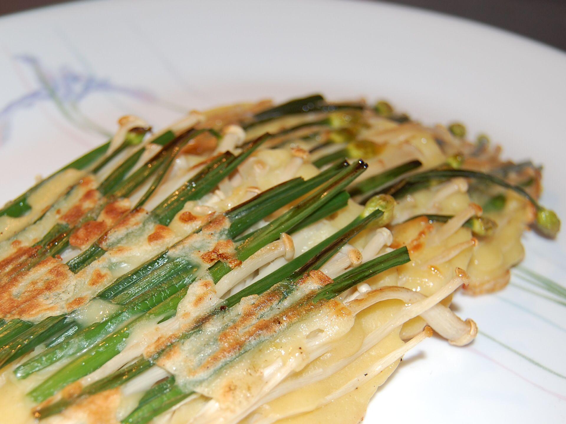 Korean Crepe Cake Recipe: Korean Chives Mushroom Pancake