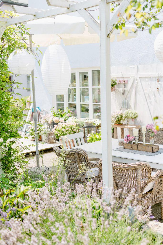 Outdoor Living auf der Terrasse oder meine Wochenendblümchen #terassenüberdachung