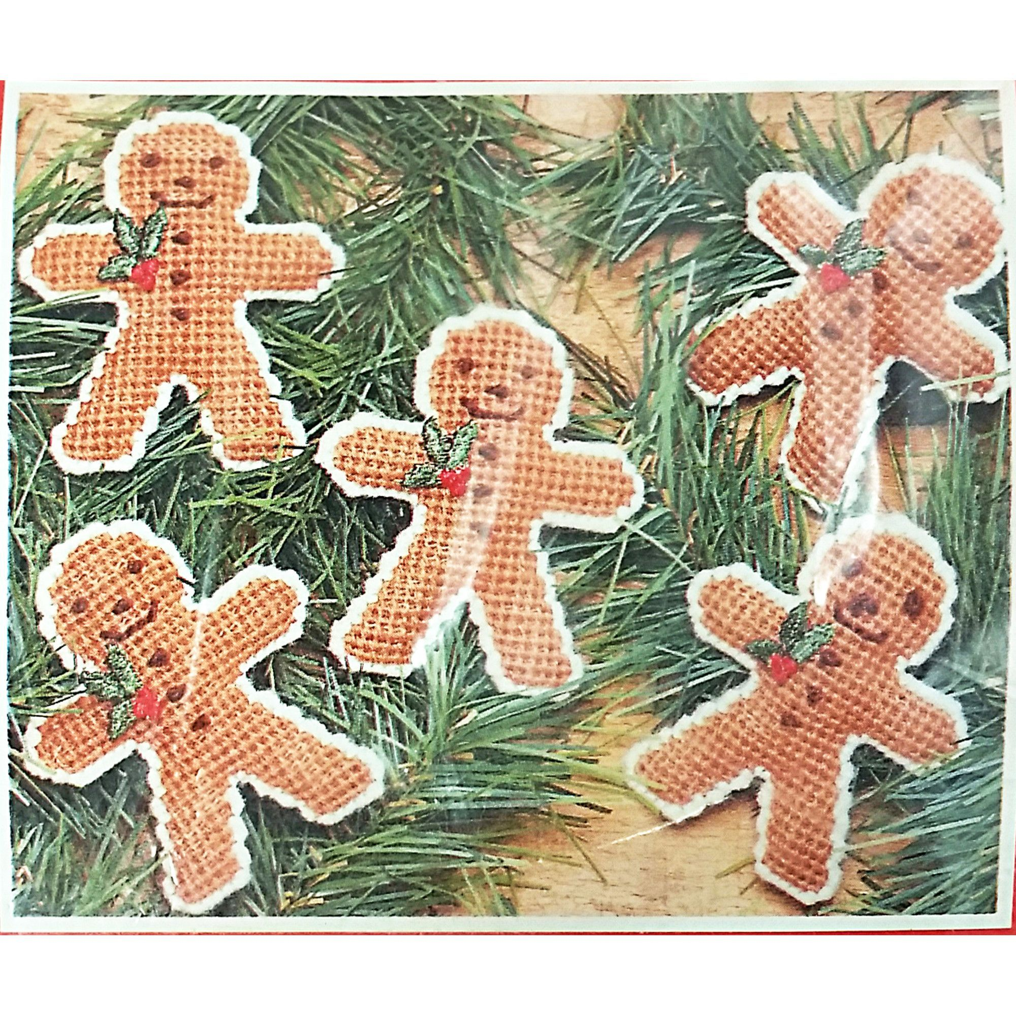 Gingerbread Men Christmas Ornaments Plastic Canvas Kit Mary Maxim ...