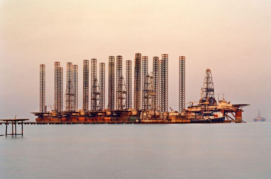 Edward Burtynsky Socar Oil Fields 6 Baku Azerbaijan 2006 Aserbaidschan Baku Fotografie