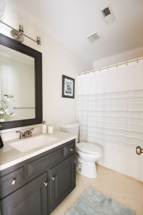 No Need To Gut This Bathroom Bathroom Redesign Bathrooms Remodel Restroom Design