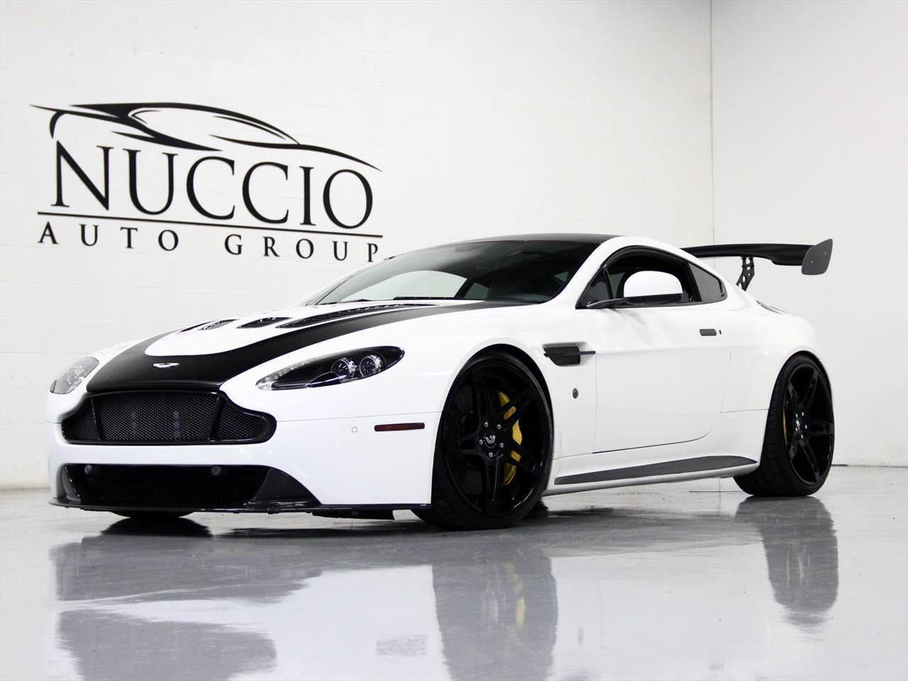 2015 Aston Martin Vantage S V12 Vantage S V12 Stratus White Dk Mocha 5k Miles Carbon Wing Splitter Grill