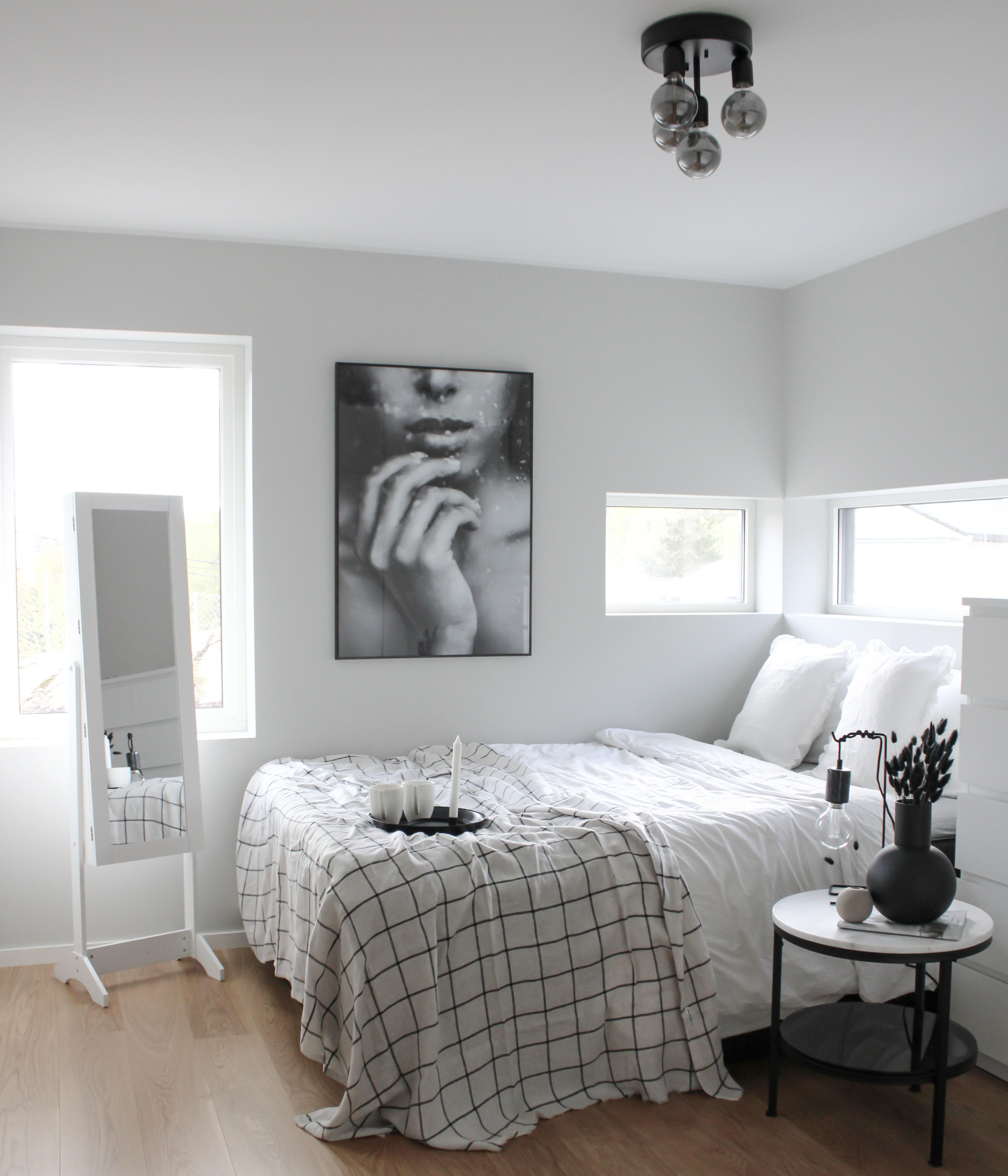 Fringe Bedspread Natural Linen blanket in King, Queen