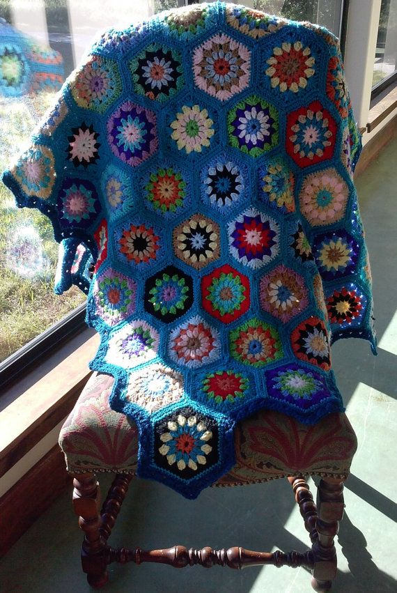 Bountiful Hexagon afghan by Mary Yvonne Crochet. | Home | Pinterest