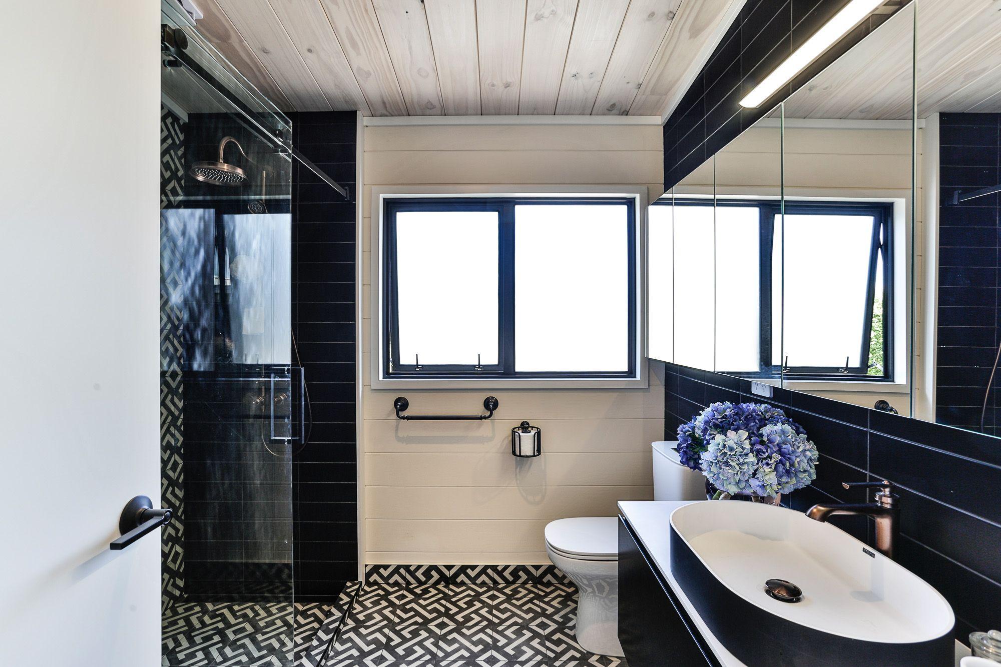 lockwood taupo bathroom with painted walls house design on bathroom renovation ideas nz id=61688