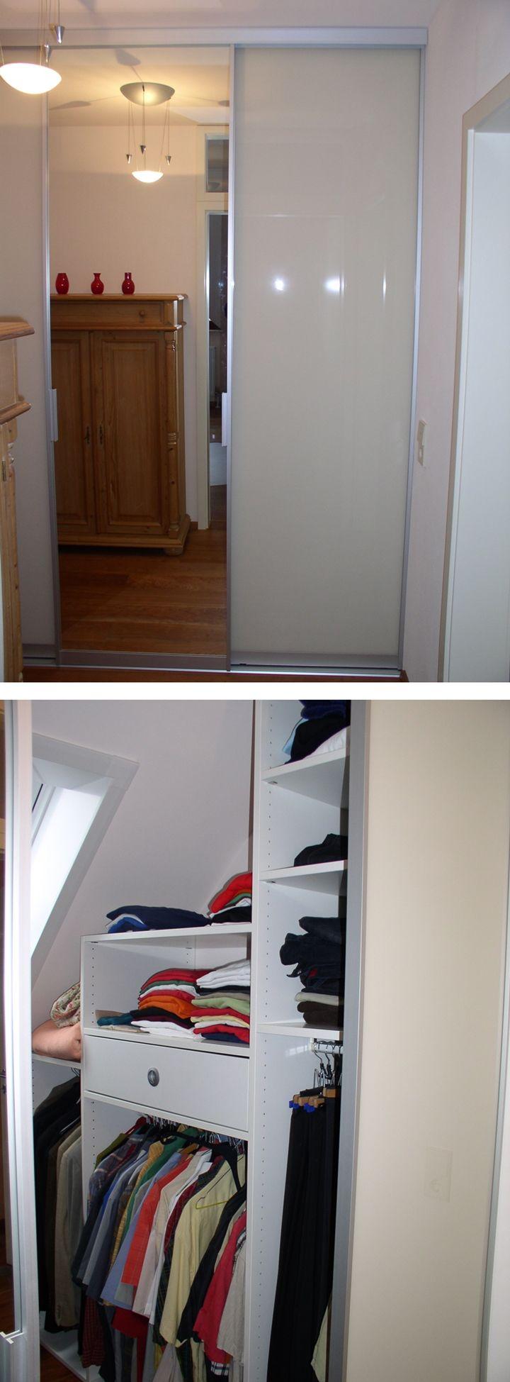 Begehbarer Kleiderschrank. Kleiner begehbarer Kleiderschrank unter Dachschräge…   Begehbarer ...