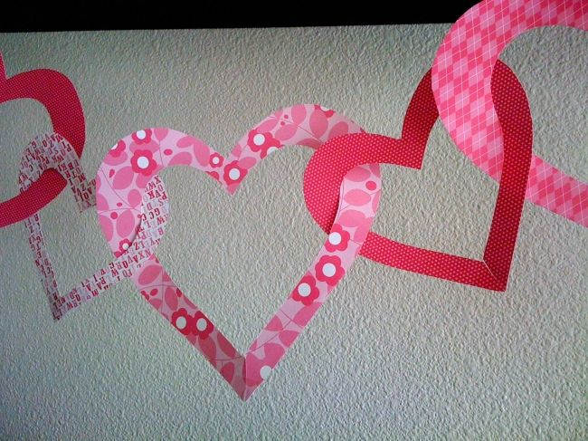 eco friendly heart garland a green way to celebrate the spirit of valentines day