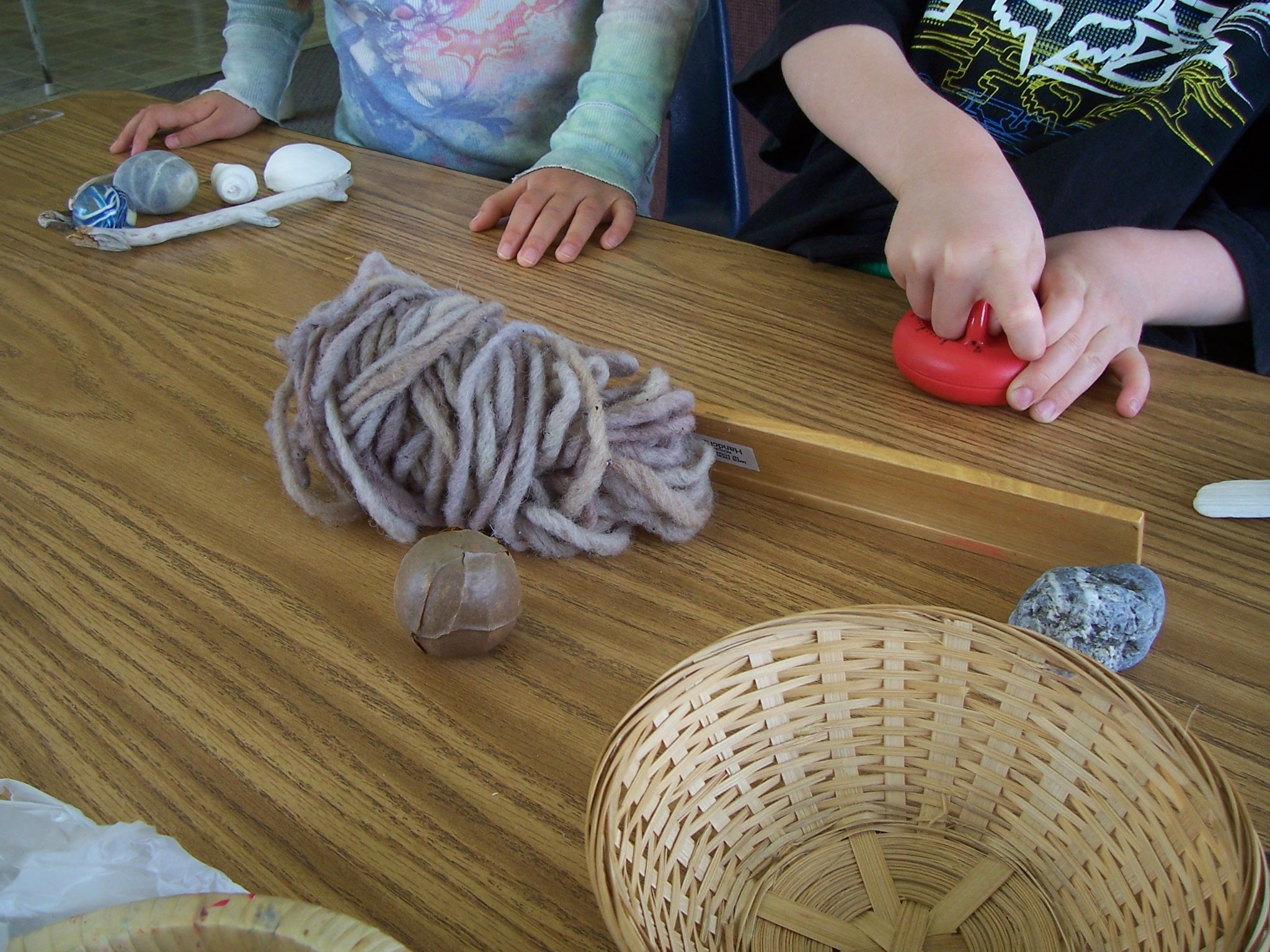 Children Can See If They Can Identify Natural Materials Vs