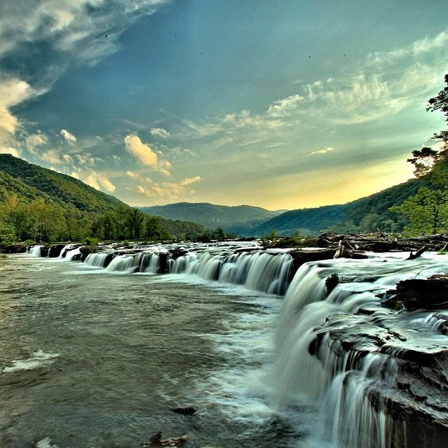 Sandstone Falls On The New River. New River Gorge, West