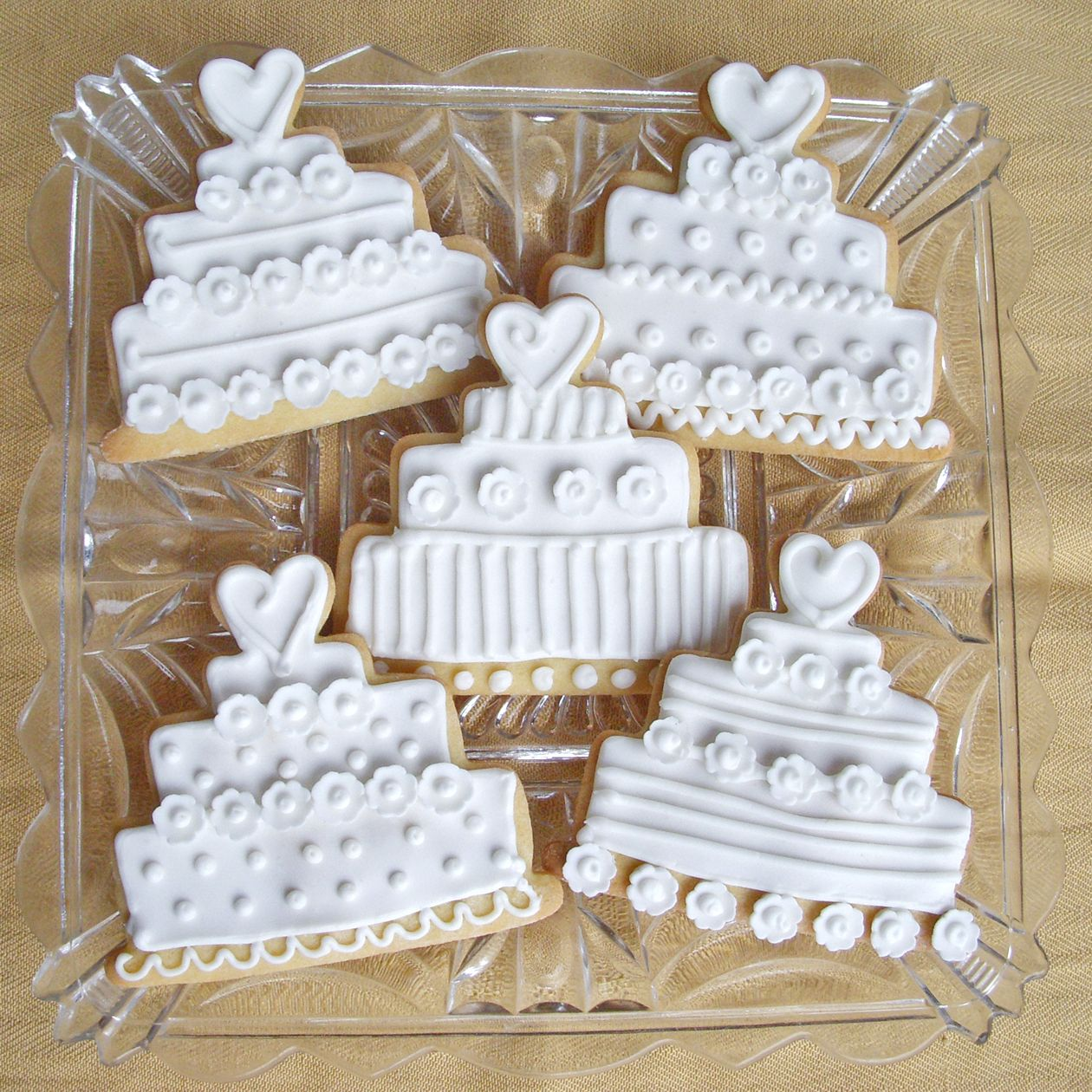 Fondant Flowers For Wedding Cakes: Wedding Cake Sugar Cookies With